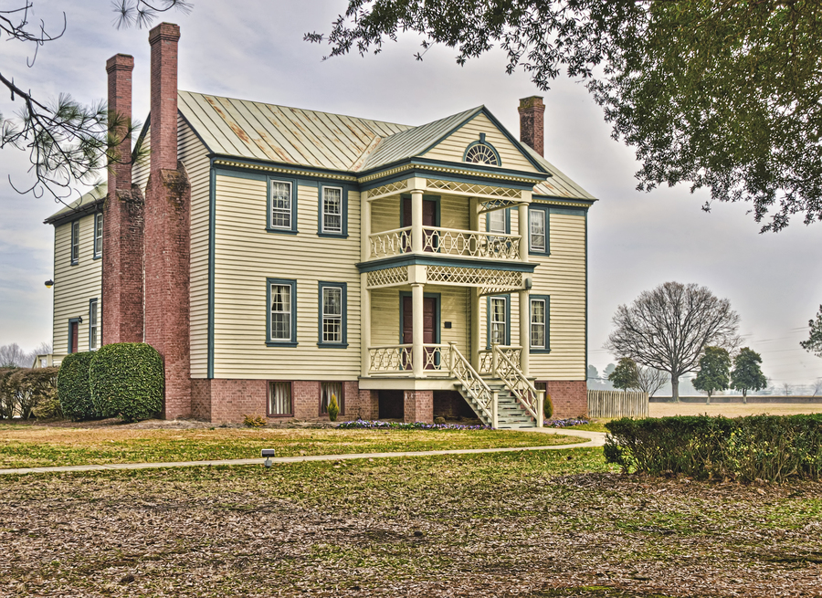 Old Southern Plantation House Hdr Creme