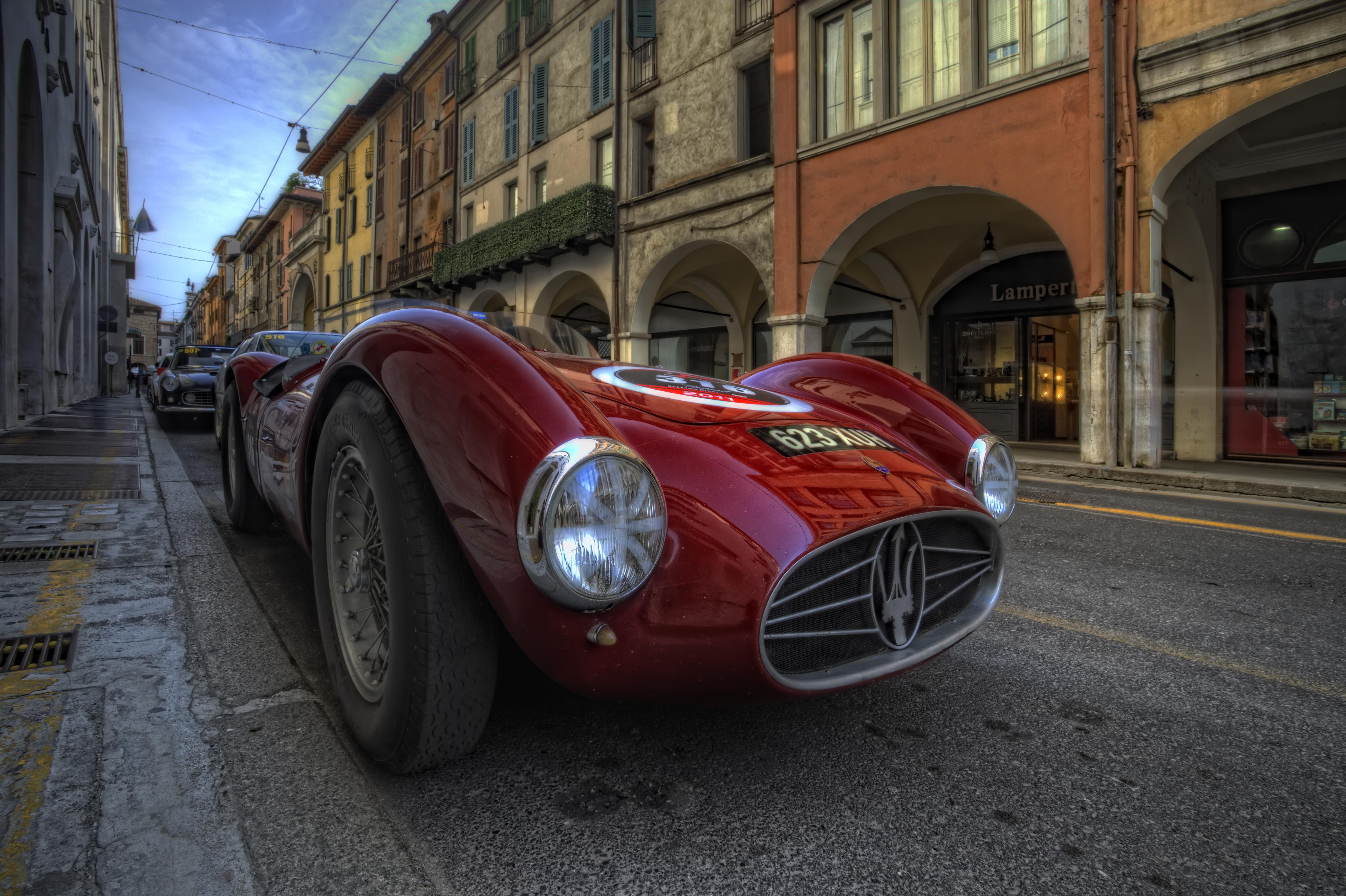 Old car parking | HDR creme