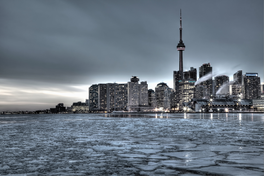 Toronto in Winter Doomsday | HDR creme