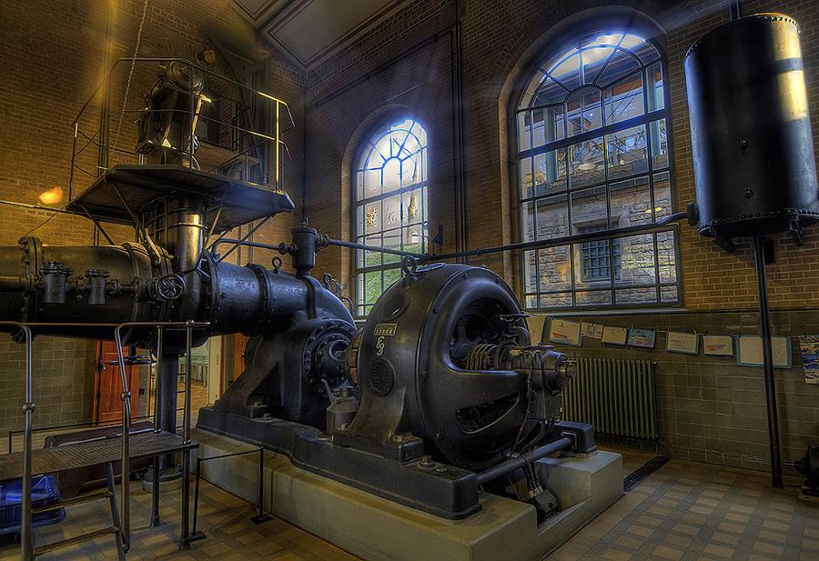 Re Number  Engine Room