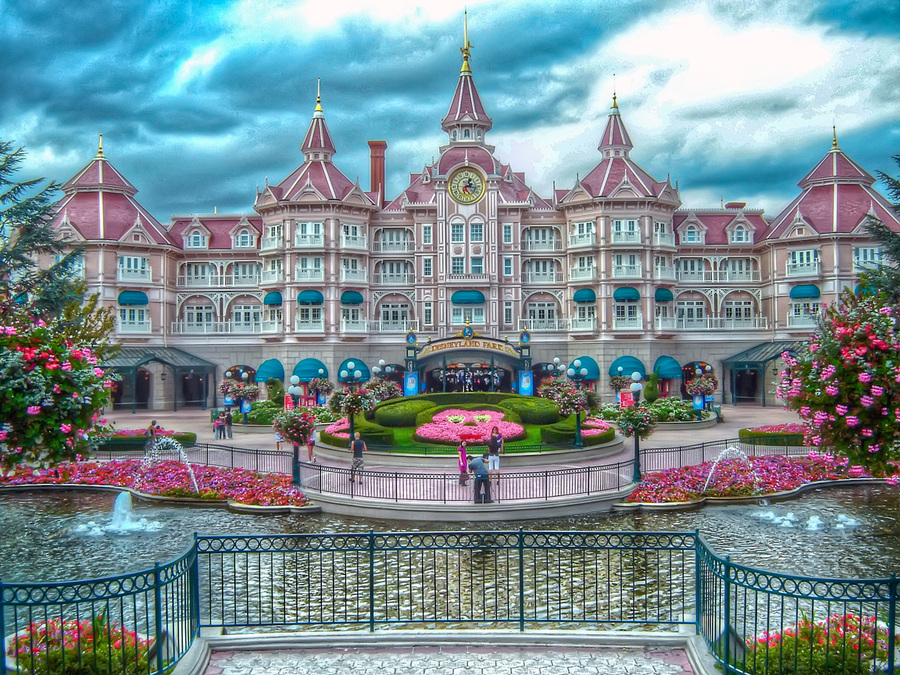 Disneyland hotel paris for Hotels eurodisney