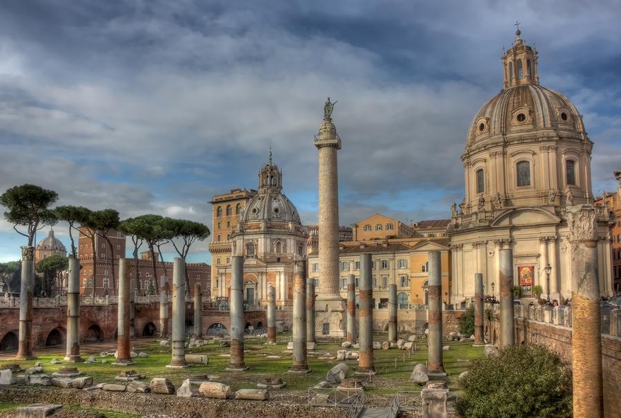 Resti basilica ulpia e colonna traianea