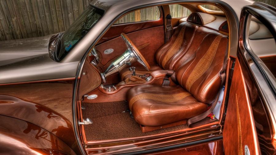 4 ford custom interior