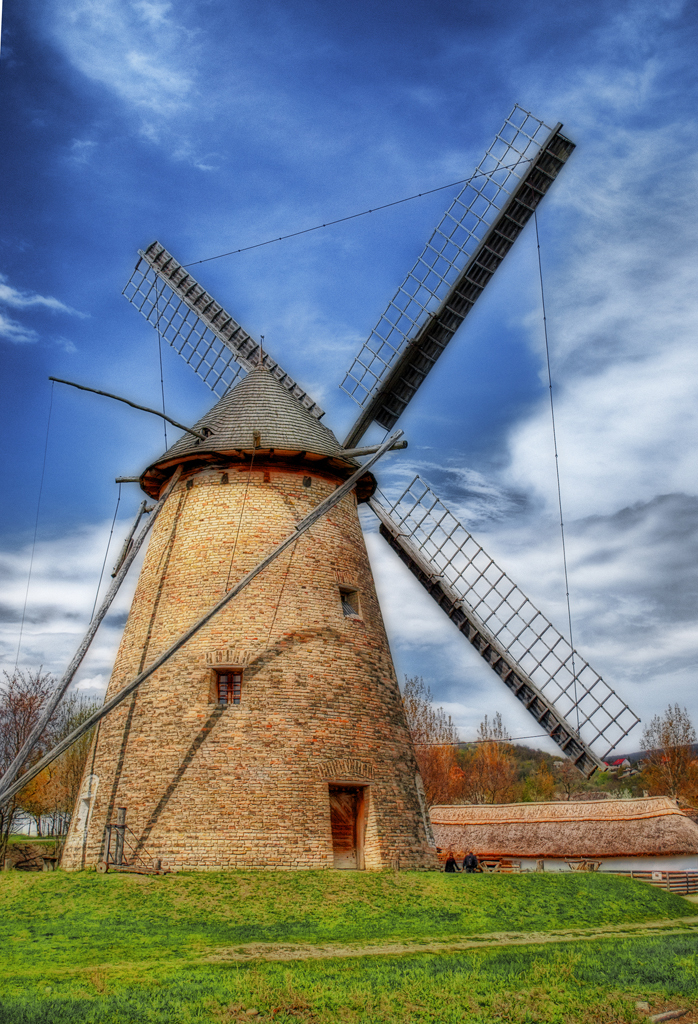 old windmill - HDR Photo | HDR Creme