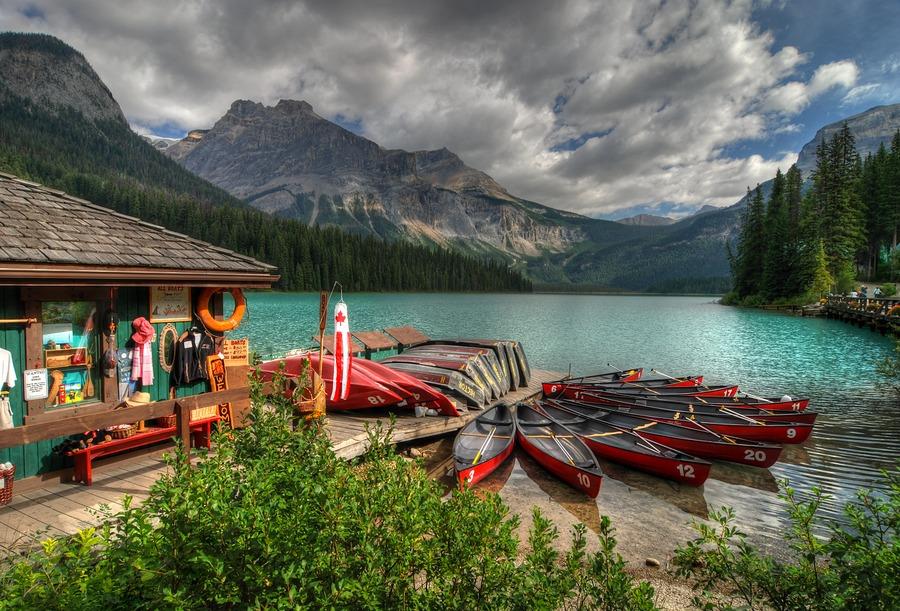 Emerald lake ii yoho np canada