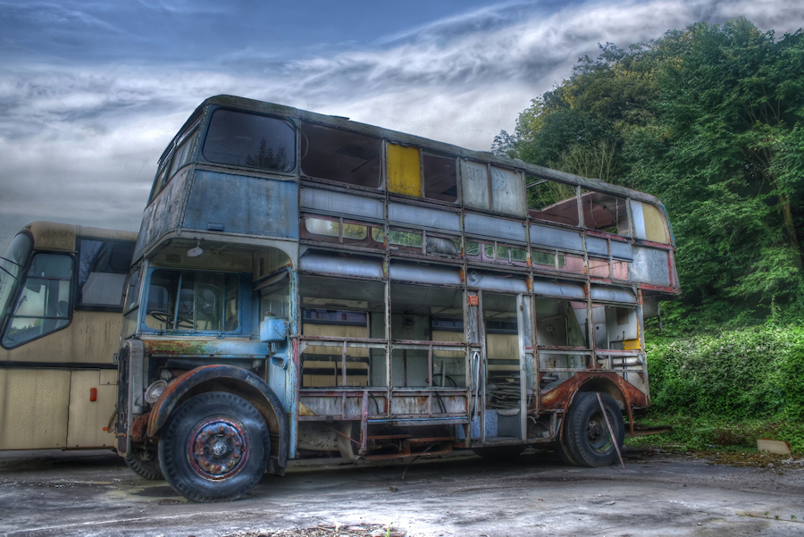 Double Decker Bus Hdr Creme