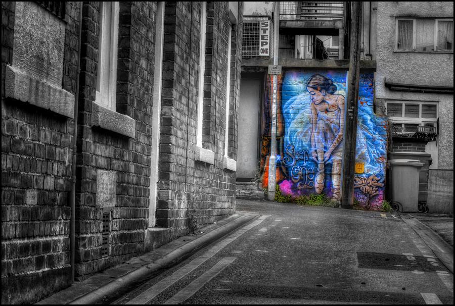 Street Wall Art | HDR creme