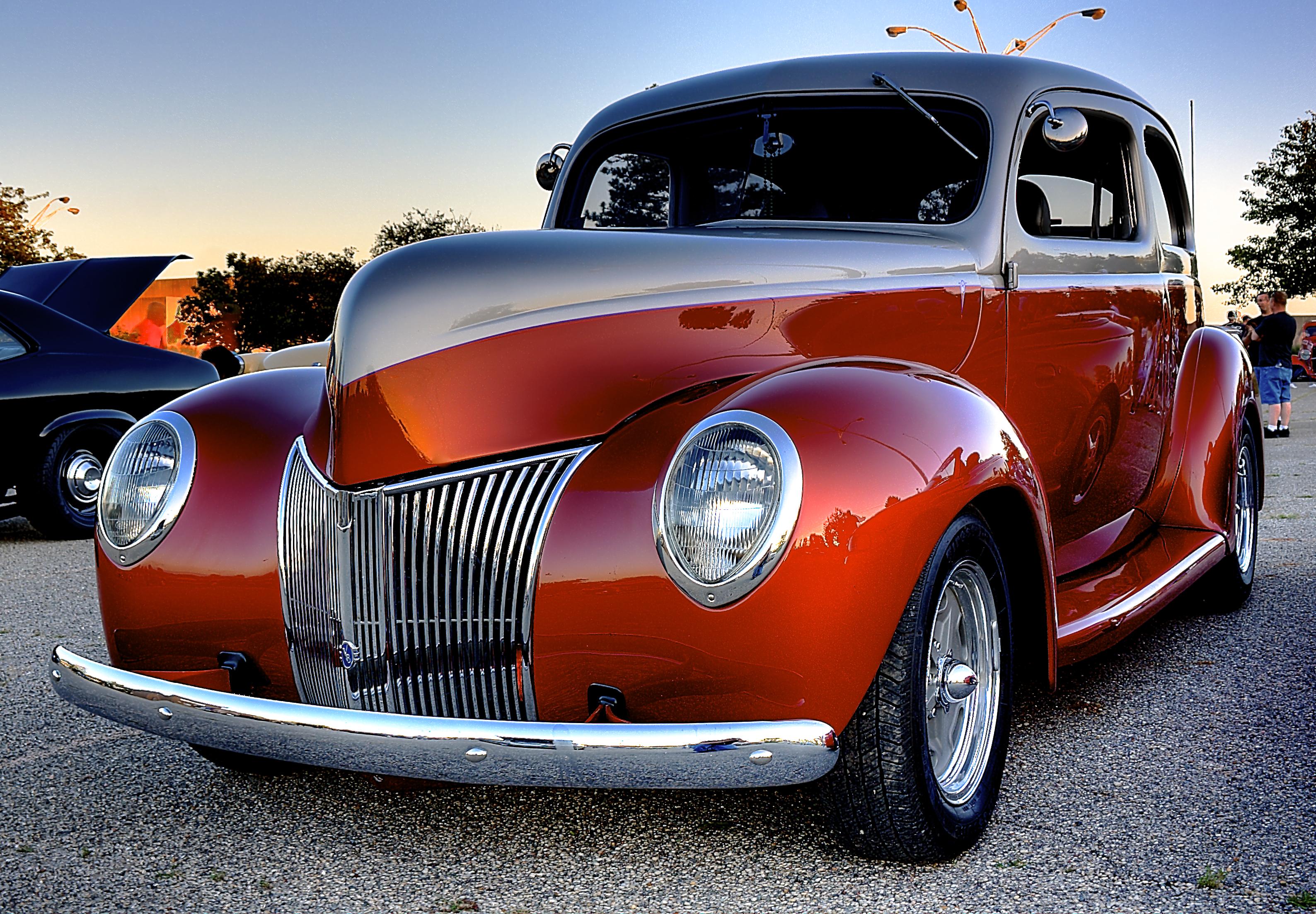 Old Car | HDR creme