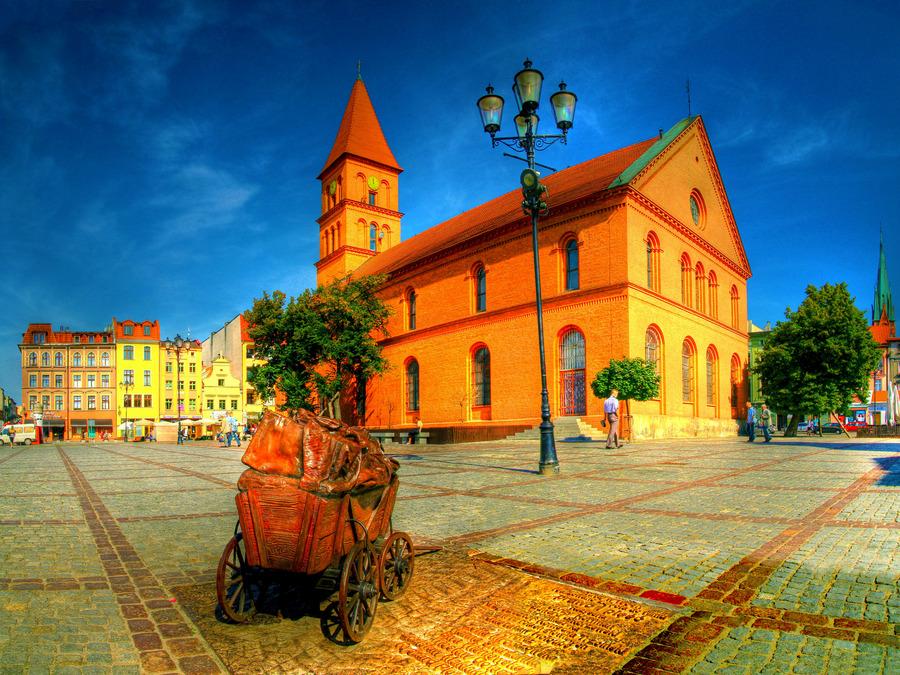 New town market torun poland