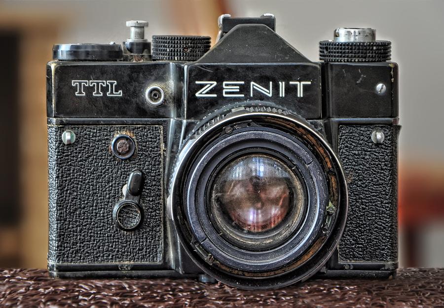 Old Zenit TTL (1985) | HDR creme