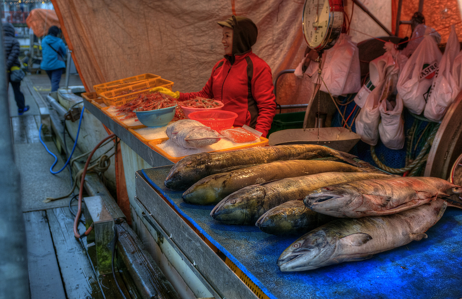 Richmond fish market vancouver hdr creme for Fish market richmond va