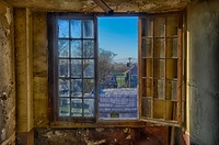 Stairwell-window-eastgate-theatre-