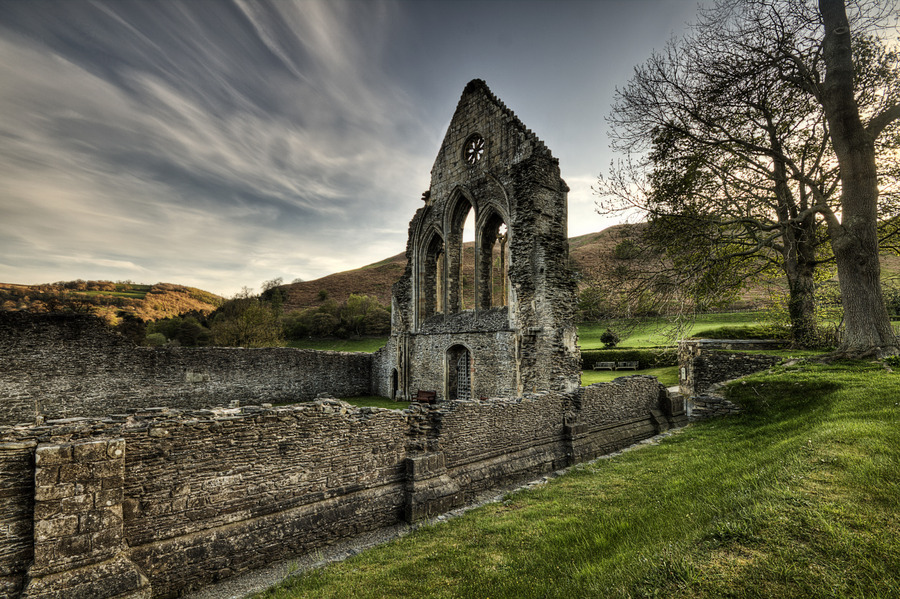 valle crucis singles & personals Applied art residency at valle crucis abbey,  of valle crucis lies just a few  memorial stones dating from the middle ages valle crucis abbey offers.