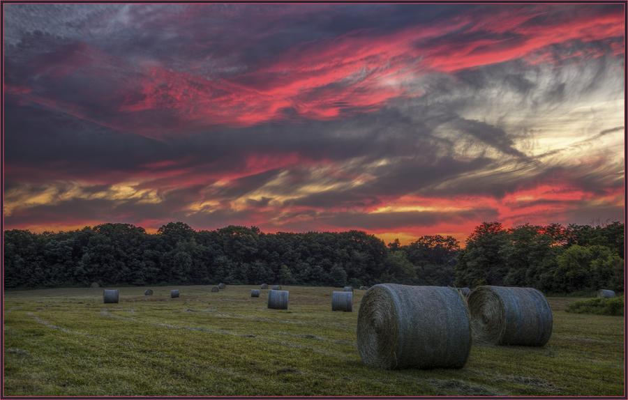 Hay bale sunset 6 17 2016