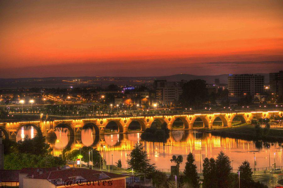 Puente viejo atardecer br