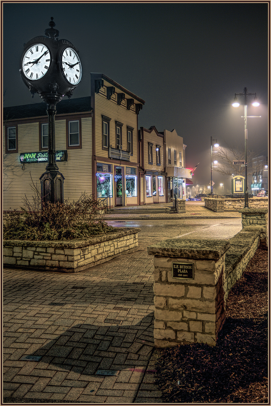 Foggy nite lemont