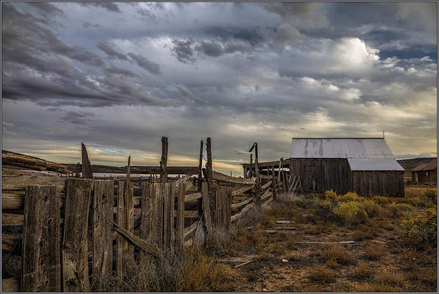 Roadside barn hdrcreme