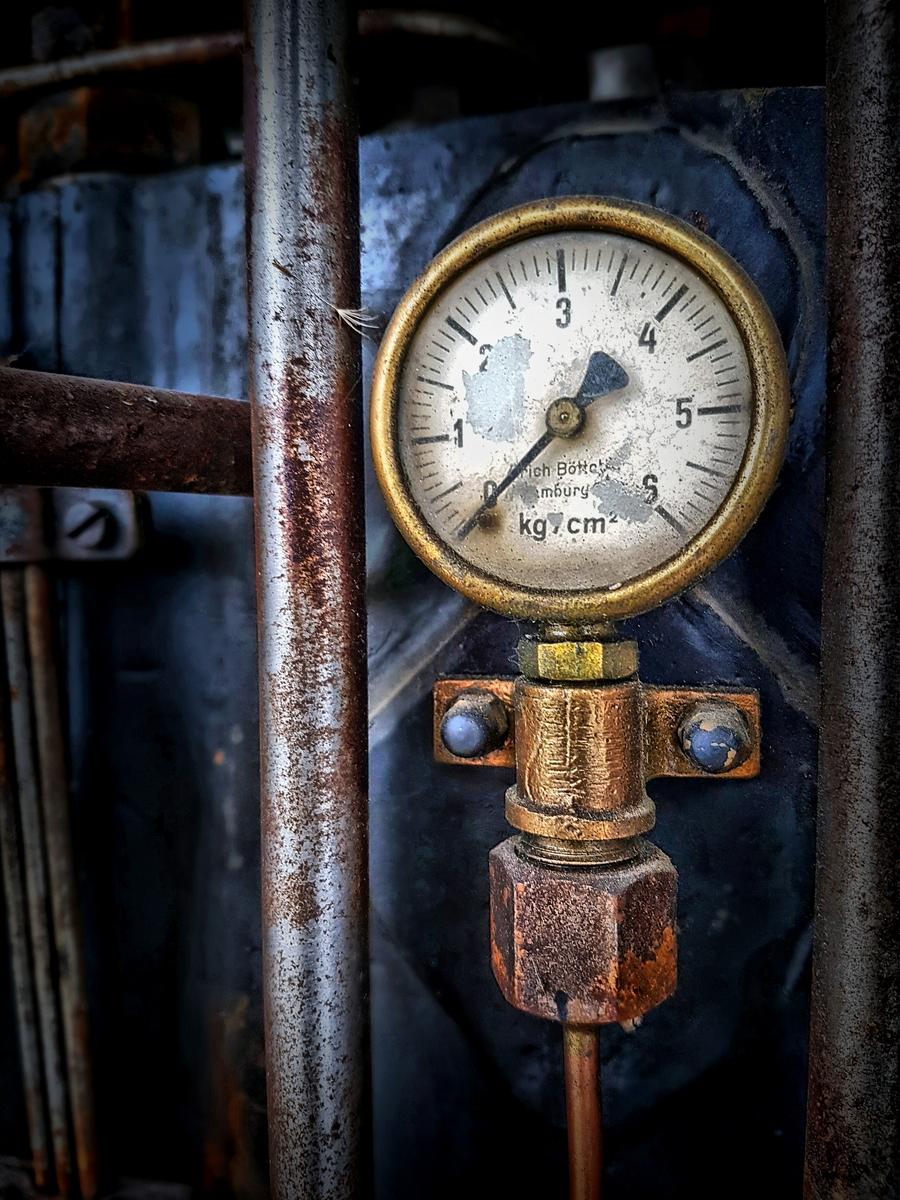 Old manometer