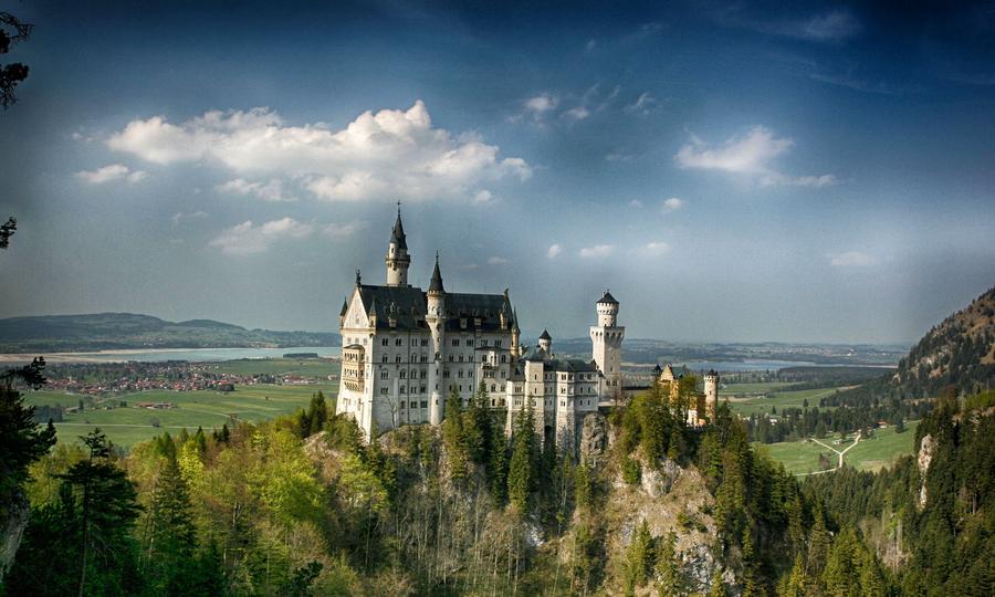 Allgaeu castle neuschwanstein hdr