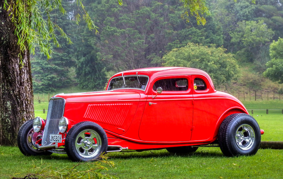1933 ford coupe...