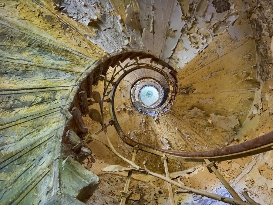 Th 8 escalier