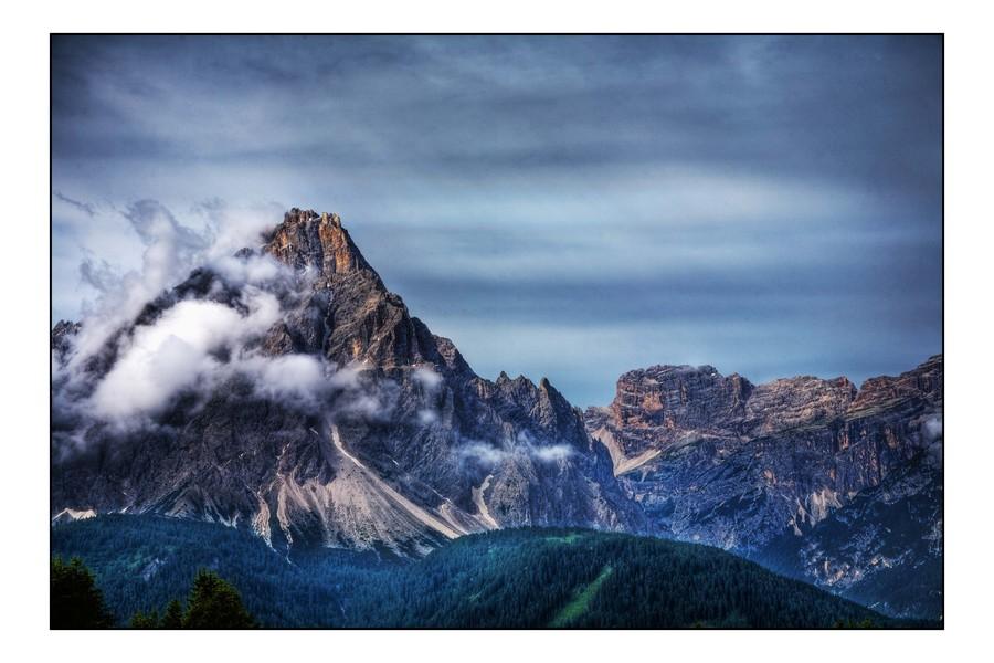 Alba sulle alpi