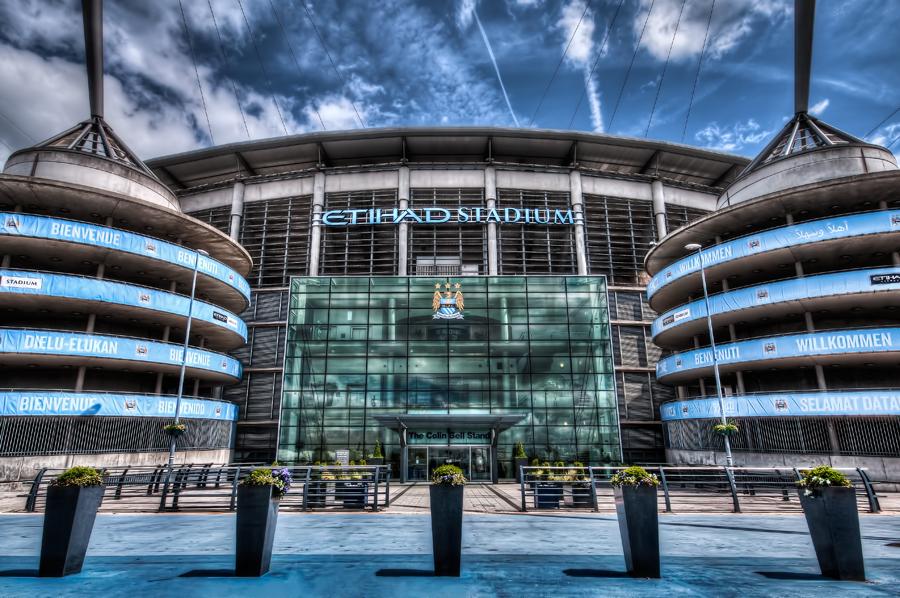 ผลการค้นหารูปภาพสำหรับ manchester city etihad stadium hdr